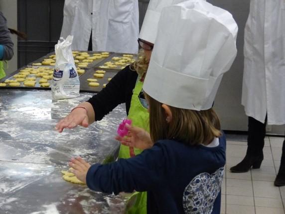 Une école cuisine à Papillote et compagnie